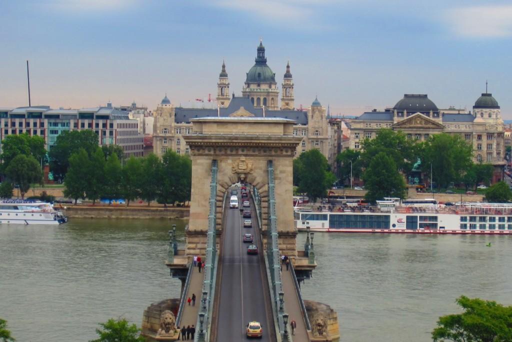 Vistas del Parlamento Húngaro, Budapest, Hungría, 2012
