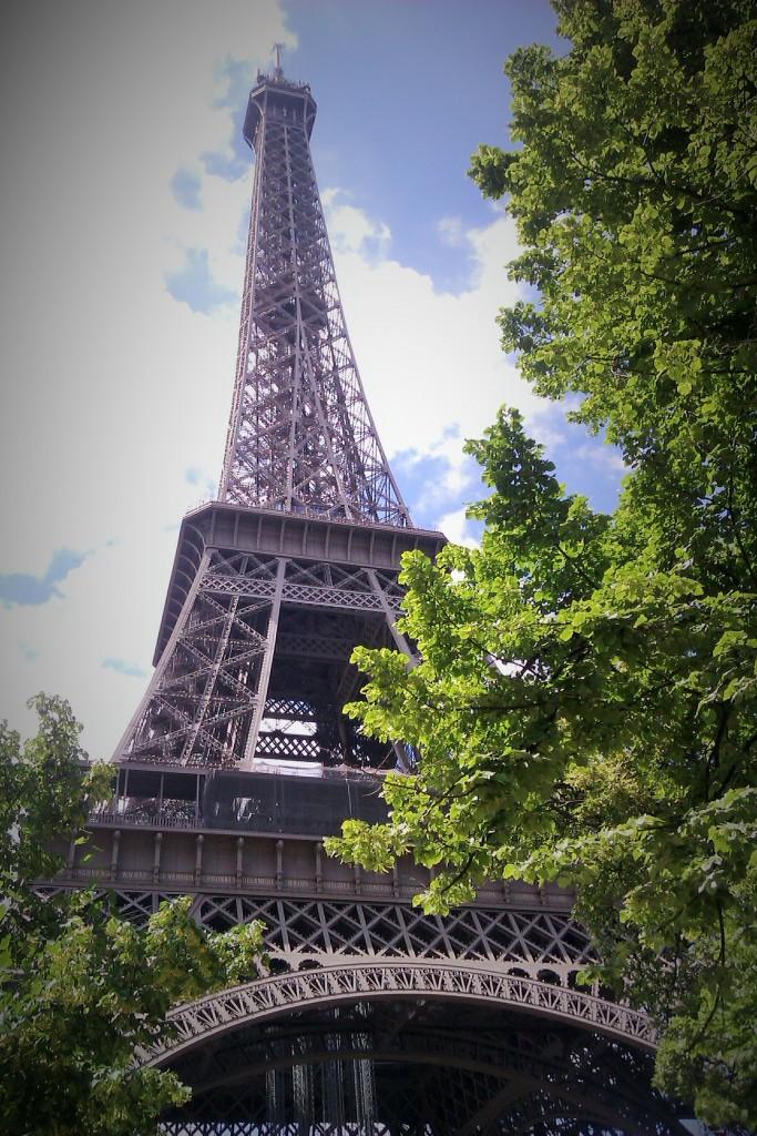 La Torre Eiffel, París, Francia, Junio 2013 - viajarcaminando.org
