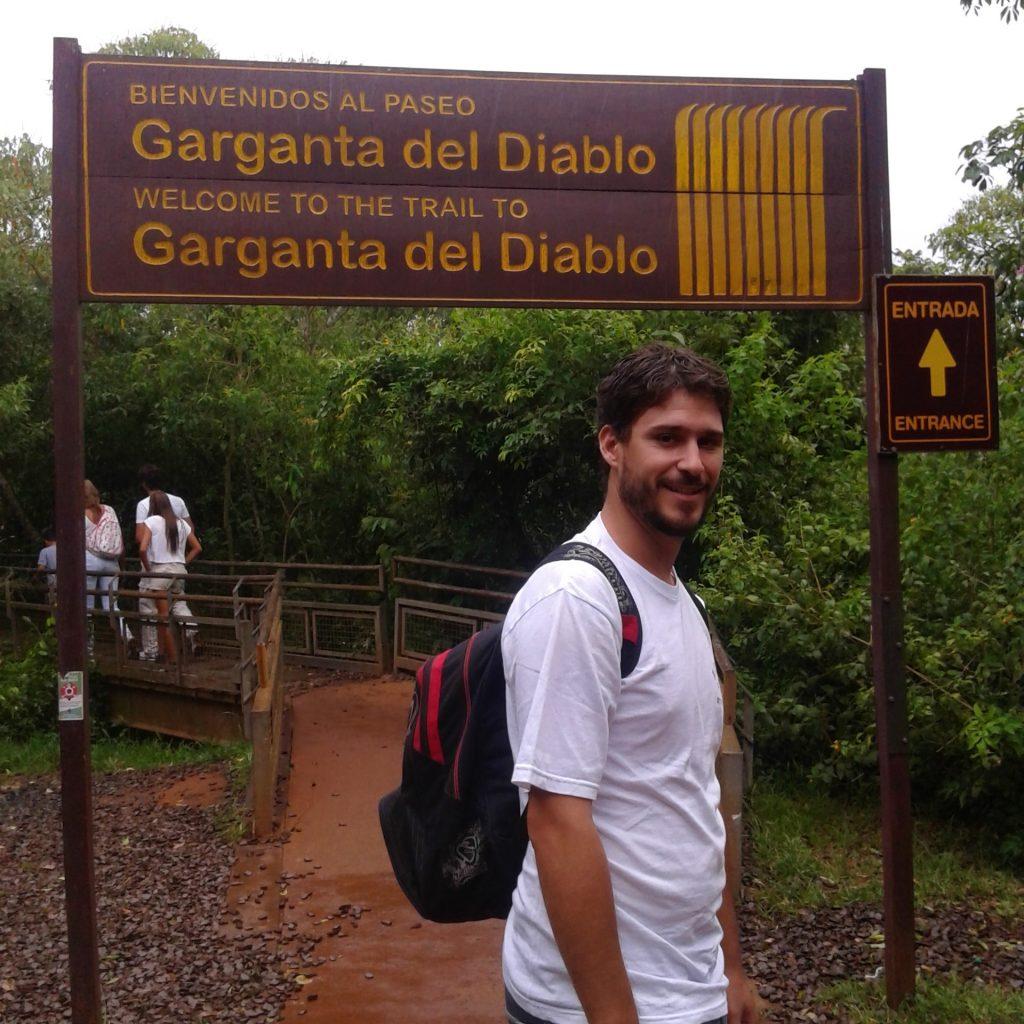 Camino entrada Garganta del Diablo, Cataratas del Iguazú, Misiones | rominitaviajera.com