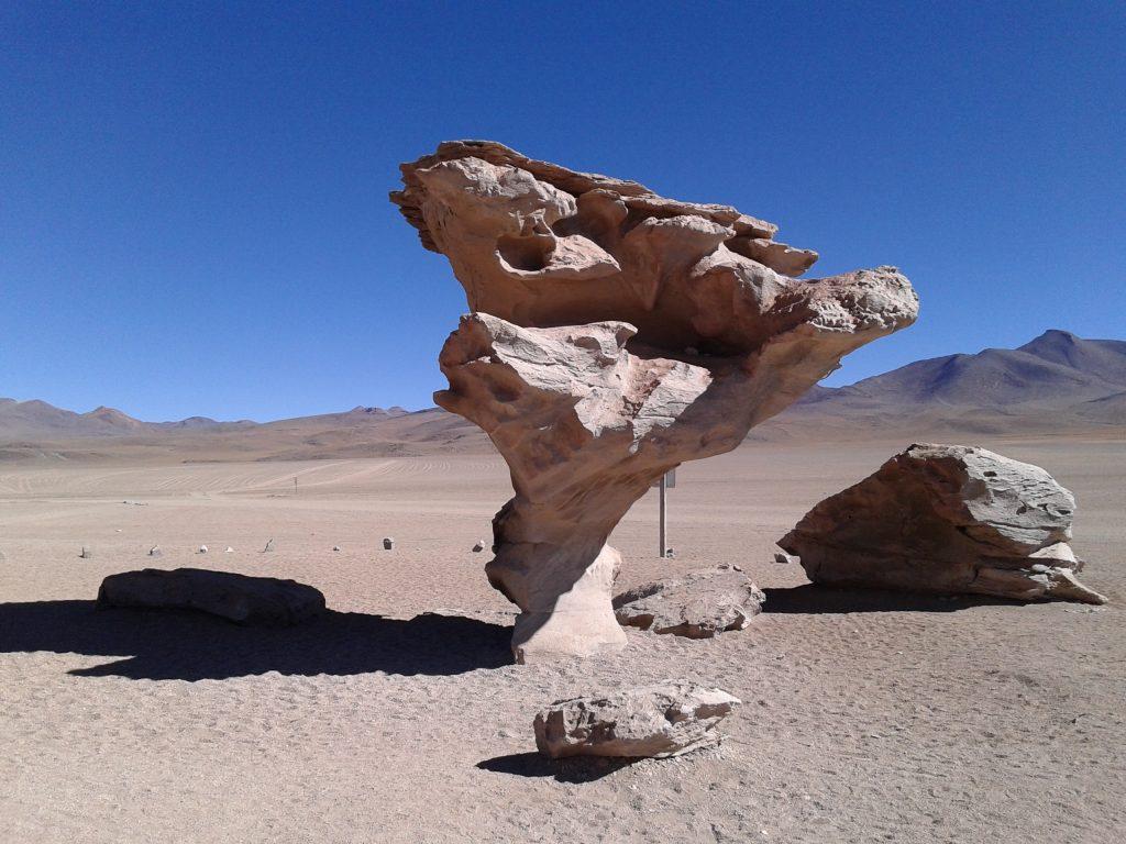 Árbol de Piedra, Salar del Uyuni, Bolivia, 2014 | rominitaviajera.com