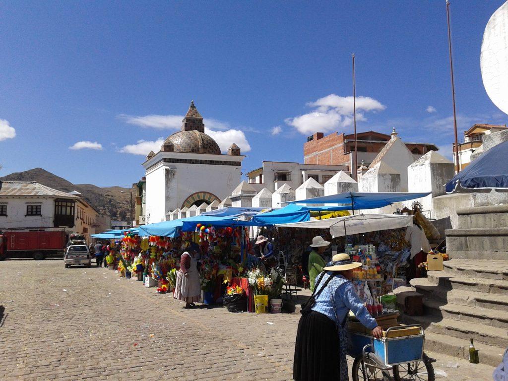 Basílica, Copacabana, Bolivia, 2014 | rominitaviajera.com