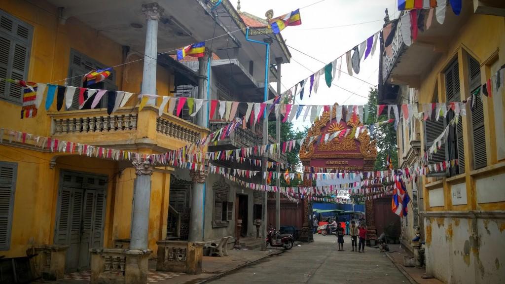 Celebración de Pchum Ben's day en Botumvatey Pagoda, Phnom Penh, Camboya, Octubre 2015