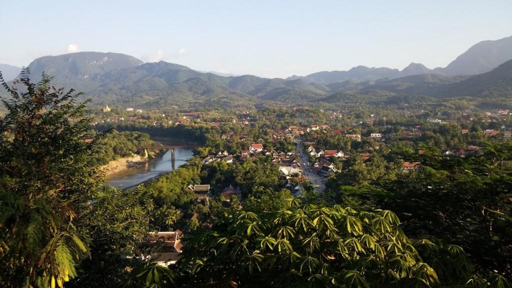 Vistas desde el monte Phu Si, Luang Prabang, Laos, 2015