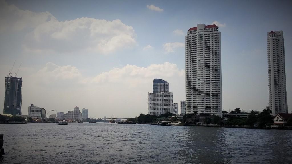 Río Chao Phraya, Bangkok, Tailandia, 2015