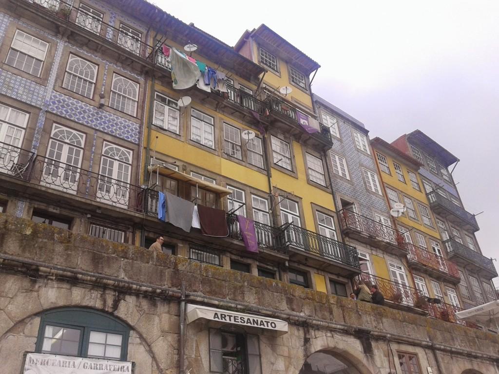 Casas Frente al río, Oporto, Portugal, 2014