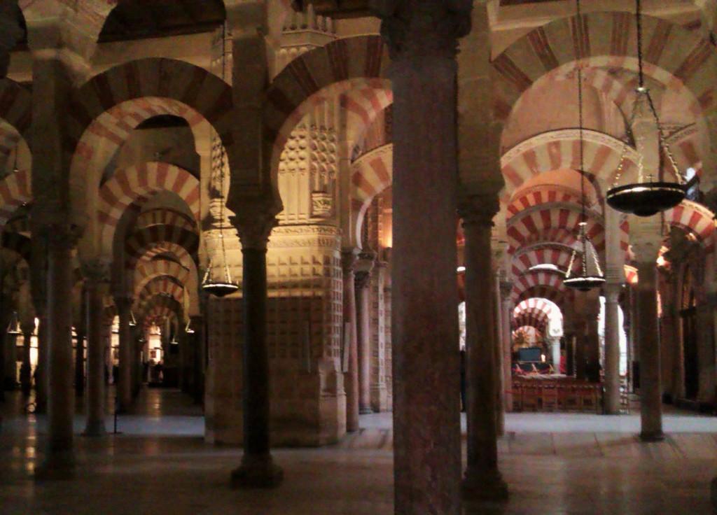 Interiores de la Mezquita de Córdoba, Córdoba, España, marzo 2013