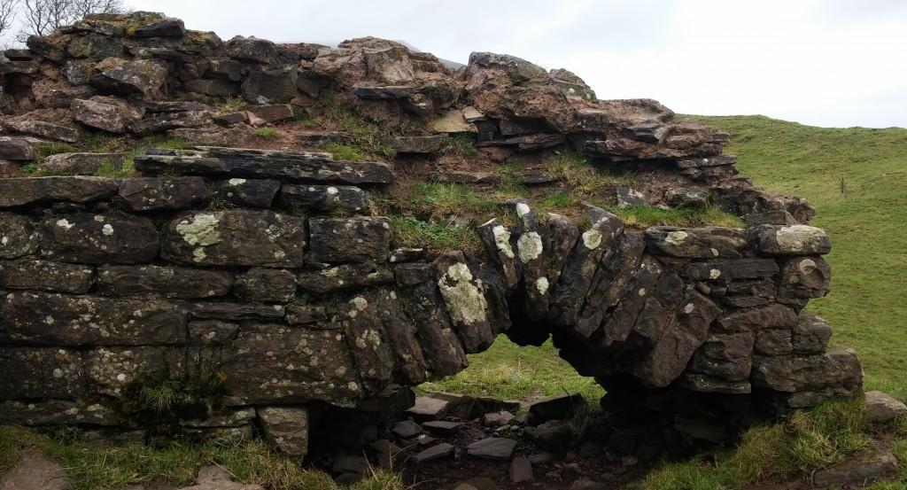 Ruinas del Castillo Dinas, Brecon Beacons, Gales, Reino Unido, enero 2016