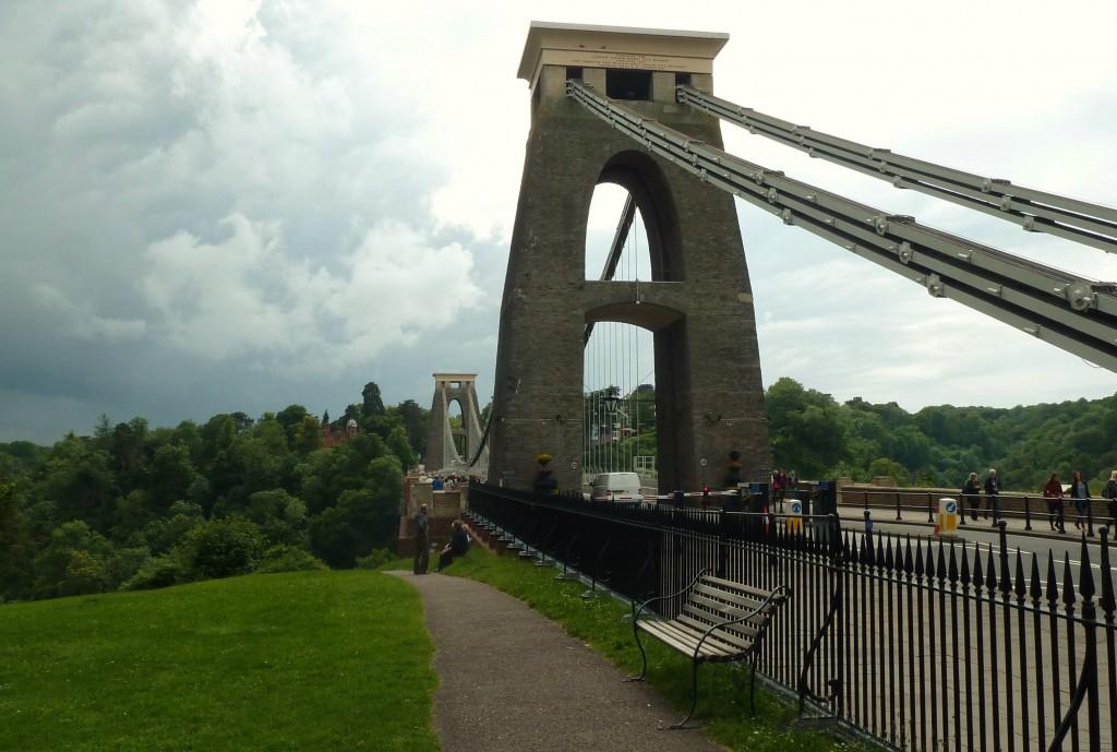 VERANO - Puente colgante de Clifton, Bristol, Inglaterra, junio 2012