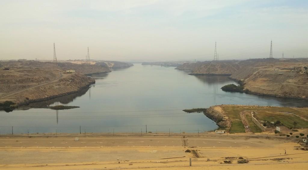 Vistas desde la Represa del Nilo, Asuán, Egipto, marzo 2016 | viajarcaminando.org