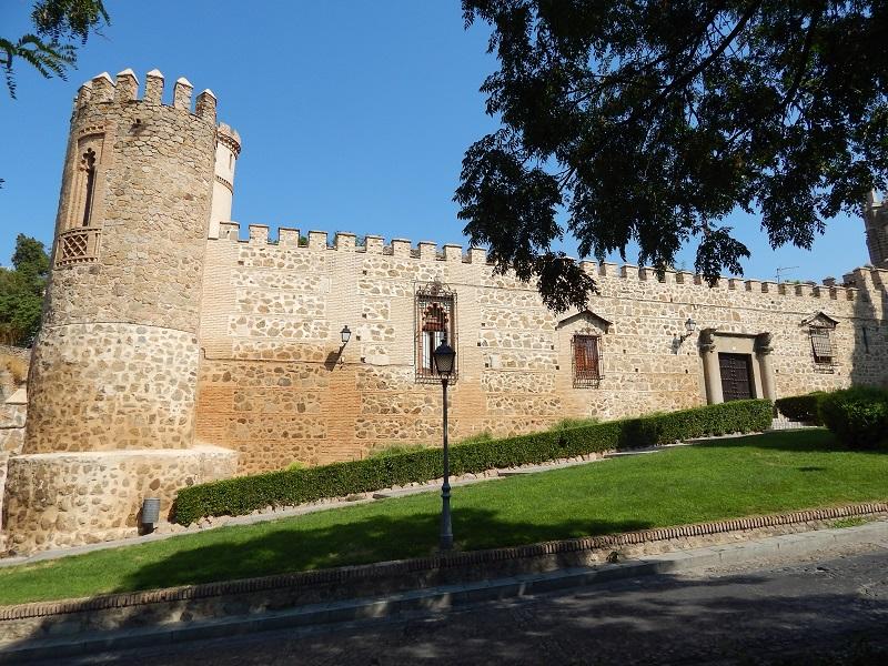 Muralla de la ciudad, Toledo, España, verano 2013   viajarcaminando.org