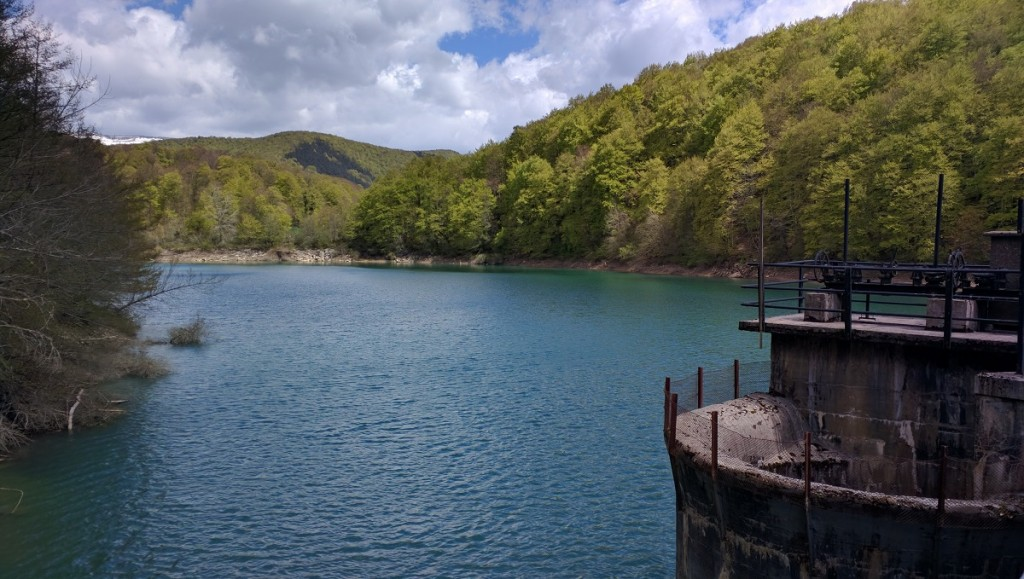 Embalse, Selva de Irati, Navarra, España, mayo 2016 | viajarcaminando.org