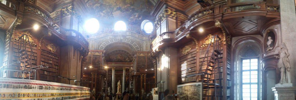 Biblioteca Nacional, Viena, Austria, junio 2016 | viajarcaminando.org