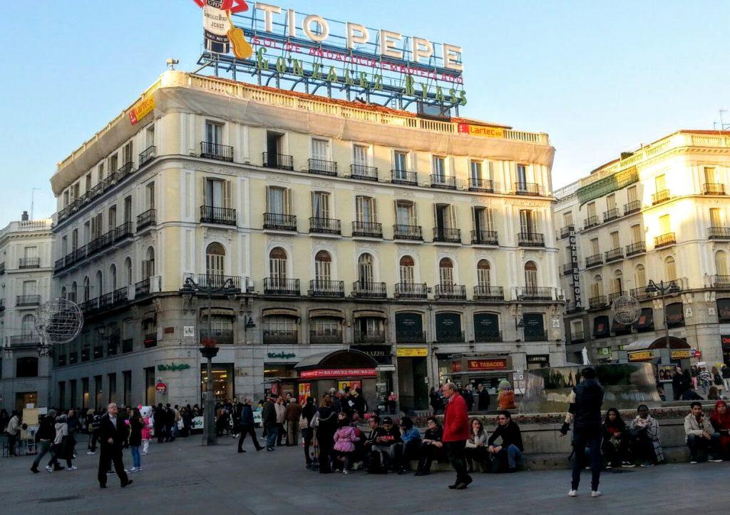 Cartel Tío Pepe, Puerta del Sol, Madrid, España, 2016 | viajarcaminando.org