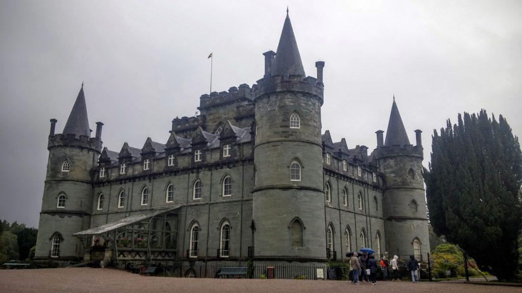 Castillo de Inveraray, Escocia, agosto 2016 | viajarcaminando.org