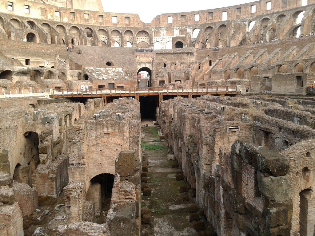El Coliseo por dentro, Roma, Italia, 2013 | viajarcaminando.org