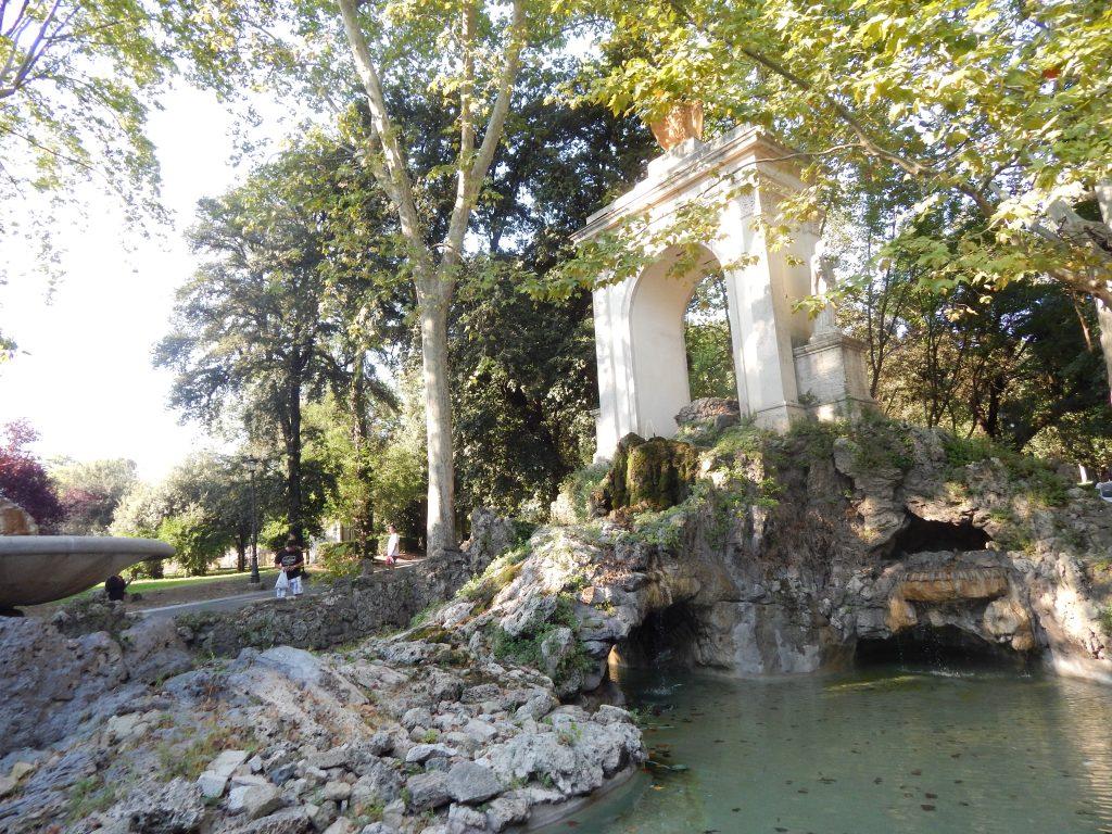 Fuente en la Villa Borgesa, Monte Pincio, Roma, Italia, 2013 | rominitaviajera