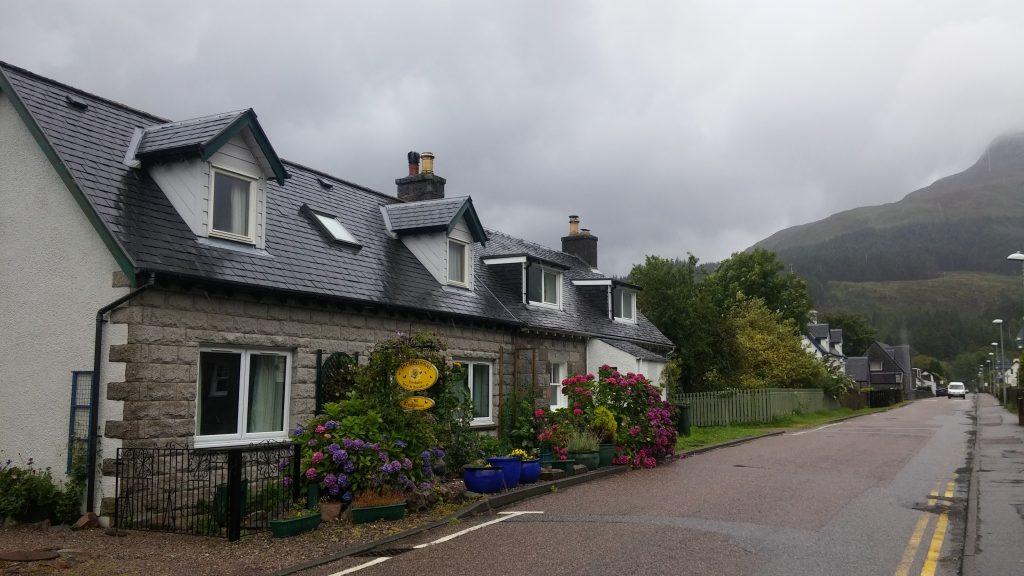 Glencoe pueblo, Highlands, Escocia, agosto 2016 | viajarcaminando.org