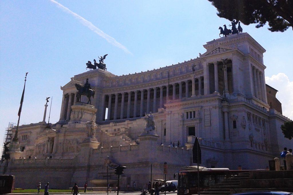 Piazza Venezia, Roma, Italia, 2013 | viajarcaminando.org