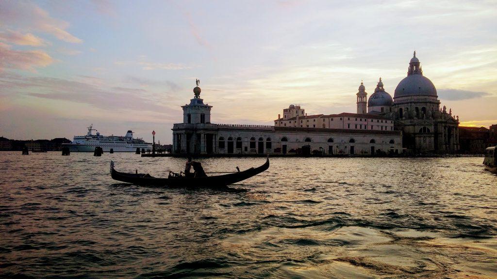 Paseando en Vaporetto por el Gran Canal, Venecia, Italia, 2016 | rominitaviajera.com